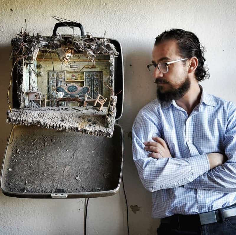 [Emotional] Baggage: The Syrian Artist Recreating the Horrors of His Homeland Inside Suitcases