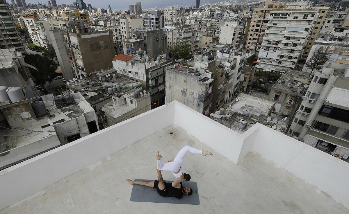 In Photos, Lebanon's Bustling Rooftops as Coronavirus Lockdown Resumes Below